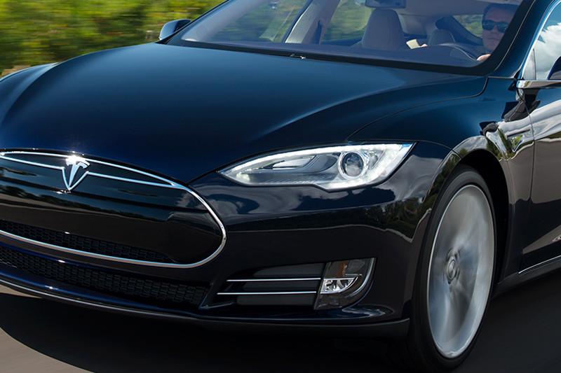 Tesla Komt Binnen 4 Jaar Met Betaalbare Elektrische Auto