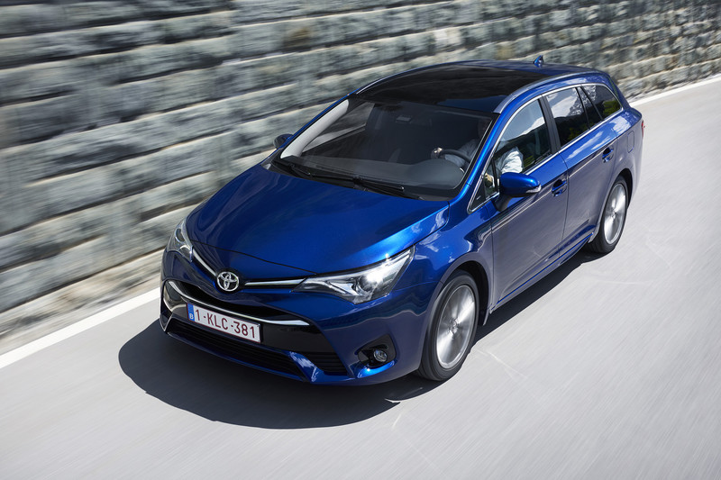 Toyota Avensis TS SkyView Edition