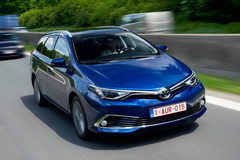 Toyota Auris Touring Sports 2016