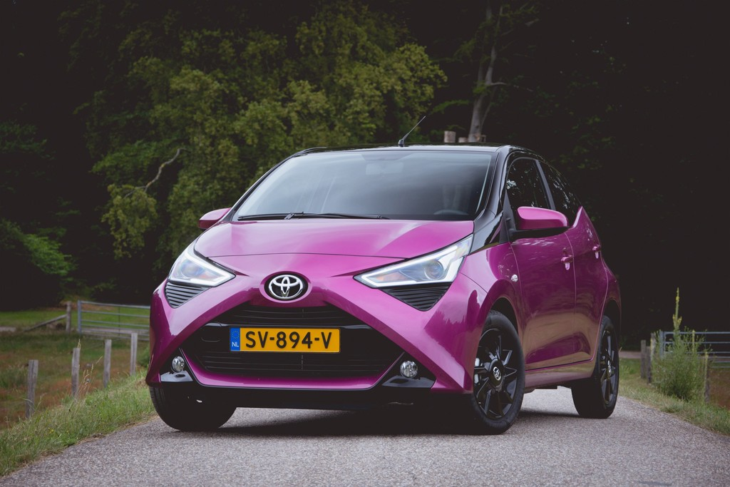 test toyota aygo 1 0 vvt i 2018 autotest foto 39 s. Black Bedroom Furniture Sets. Home Design Ideas