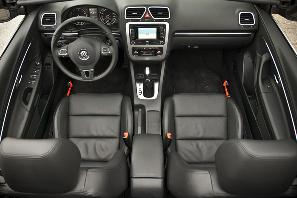 Test: Volkswagen Eos - 2011 | Autokopen.nl