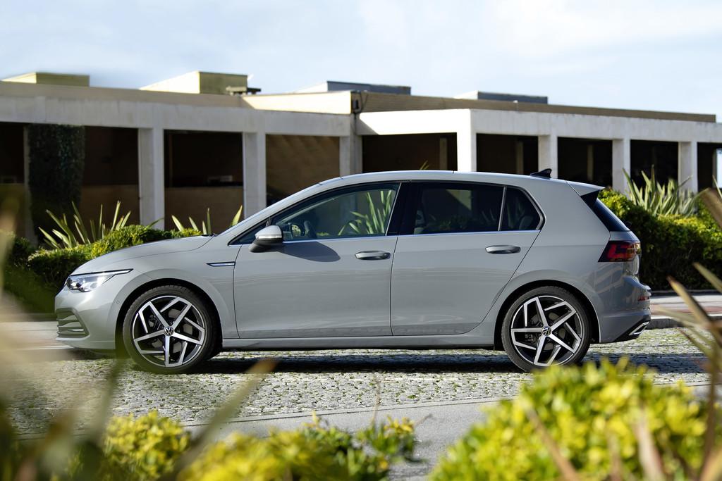 Verkoop Volkswagen Golf start met vier motoren