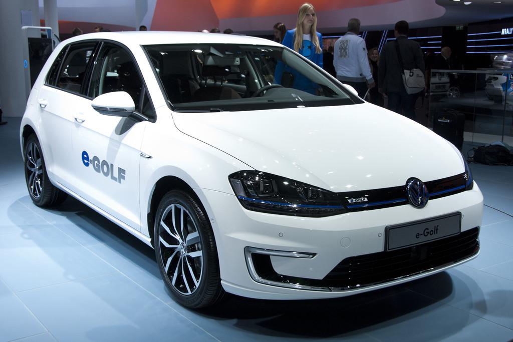 volkswagen golf sportsvan is eigenlijk geen conceptcar meer autonieuws. Black Bedroom Furniture Sets. Home Design Ideas