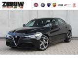 "Alfa Romeo Giulia 2.0 Turbo 200 PK Super Navi/Xenon/Apple Carplay/18"" Rijklaar"