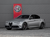 Alfa Romeo Giulia 2.0T B-Tech | Veloce Stoelen | Apple Carplay | Xenon