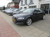 Audi A3 1.6 TDI Attraction Advance 102 gram, Navigatie, Climate control, Cruise control