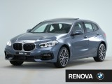 BMW 1 Serie 118i High Executive BMW Connected Package Professional, BMW Individual hoogglans