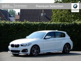 BMW 1 Serie 5-deurs 118i High Exe | M-Sport Shadow | LED | Park Distance Control Voor+Achter