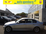 BMW 3 Serie 318i Business Line Style * Leer * Navi * Airco * Nw Model *