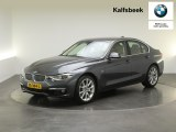 BMW 3 Serie 320i Luxury Edition