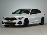 BMW 3 Serie Sedan 320i Executive M-Sport Automaat