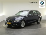 BMW 3 Serie Touring 320i Upgrade Edition