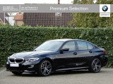 BMW 3 Serie Sedan 320i High Exe | M-Sport | Audio + Parking + Safety Pack | HiFi | DAB | LED