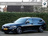BMW 3 Serie Touring 330i High Exe | M-Sport | Driving ass. + Co-Pilot | Panorama | Camera |