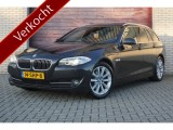 BMW 5 Serie Touring 520d High Executive Xenon, Elektrische trekhaak, M-sportstuur,  Panorama