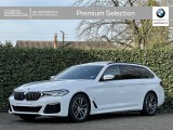 BMW 5 Serie Touring 520i | NW MODEL | M-Sport | Panoramadak | Head-Up | Laser | HiFi | Comfo