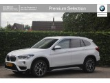 BMW X1 sDrive 20i High Exe | xLine | Elek. Stoel | Head-Up | Camera | Adap. Led | Trekh
