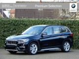 BMW X1 sDrive18i | xLine | Driving ass. | Adapt. onderst. | WiFi | Camera | Stoelverw.