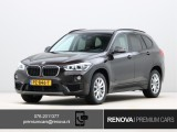 BMW X1 sDrive18i Centennial High Executive | Leder | Stoelverwarming | M-Sport stuurwie