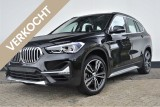 BMW X1 sDrive20i Executive Edition xLine Aut. | Head-up | Pano-dak | Stoelverwarming