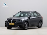 BMW X1 xDrive25e High Exe. M-Sport - 19 inch - Panoramadak - Trekhaak