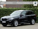 BMW X3 xDrive 30i | M-sportpakket | Trekhaak | Panorma dak | Driving ass. plus