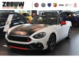 Fiat 124 Spider Abarth 1.4 M-Air Turbo Automaat Navi Xenon Bose