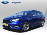 Ford Focus Wagon 1.5 ST-Line 150PK Zeer compleet,oa 18 inch,body styling  ac21450