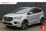 Ford Kuga 1.5 EcoBoost 150PK 2WD ST Line 19'' PANO TREKHAAK XENON VOL!!
