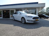 Ford Mondeo Wagon 2.0 TDCI 211PK BI-TURBO VIGNALE EURO 6 **FULL OPTIONS!!**