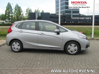 Jazz 1.3 i-VTEC Trend Cruisecontrol/Bluetooth/Demo Voordeel.