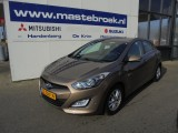 Hyundai i30 1.6 GDI BUSINESS EDITION Clima / Cruise / Navigatie Staat in Hardenberg