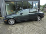 Jaguar S-Type 3.0 V6 EXECUTIVE staat in de Krim