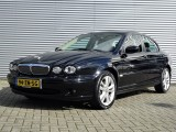 Jaguar X-Type 2.2 D EXECUTIVE / NAVI / H. LEDE