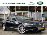 Jaguar XJ 3.0 V6D Premium Luxury | 24 maanden garantie | Panoramadak | Soft Door Close |