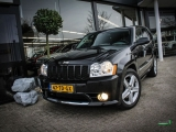 Jeep Grand Cherokee SRT-8 met navigatie en bluetooth