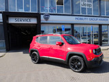 Jeep Renegade Night Eagle II 1.4 MultiAir 140 pk  van  ac 32.140,- voor  ac 27.990,-