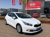 Kia Ceed 1.6 GDI Plus Pack  NAVI-CAMERA-LED