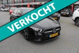 Mercedes-Benz A-Klasse 200 ,led,panodak,wide-screen,AMG-line