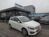 Mercedes-Benz B-Klasse 180 Urban Aut|LED|Nav
