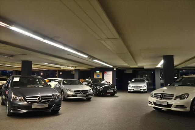 Mercedes benz e klasse coup e 200 automaat amg line for Contact mercedes benz financial