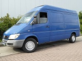 Mercedes-Benz Sprinter 213
