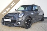 Mini Mini 2.0 Cooper S Serious Business John Cooper Works Trim Aut.