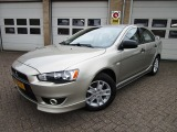 Mitsubishi Lancer Sports Sedan 1.5 Inform Intro Edition