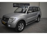 Mitsubishi Pajero LWB 3.8 V6 Mivec Instyle 7-PERSOONS