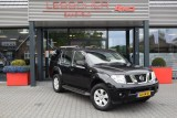 Nissan Pathfinder 2.5 DCI LE IT A/T 4WD 7 SITZ MAR