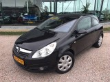 Opel Corsa 1.2 16V Cosmo Automaat lage km-stand met NAP