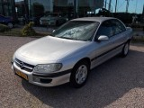 Opel Omega 2.0i-16V Diamond