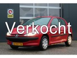 Peugeot 206 1.1 XR (60pk) 5-Drs/ Radio-CD AUX, USB & Bluetooth/ Elek. ramen/ C.V./ Trekhaak.