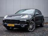Porsche Cayenne 3.0 S E-Hybrid Full Options